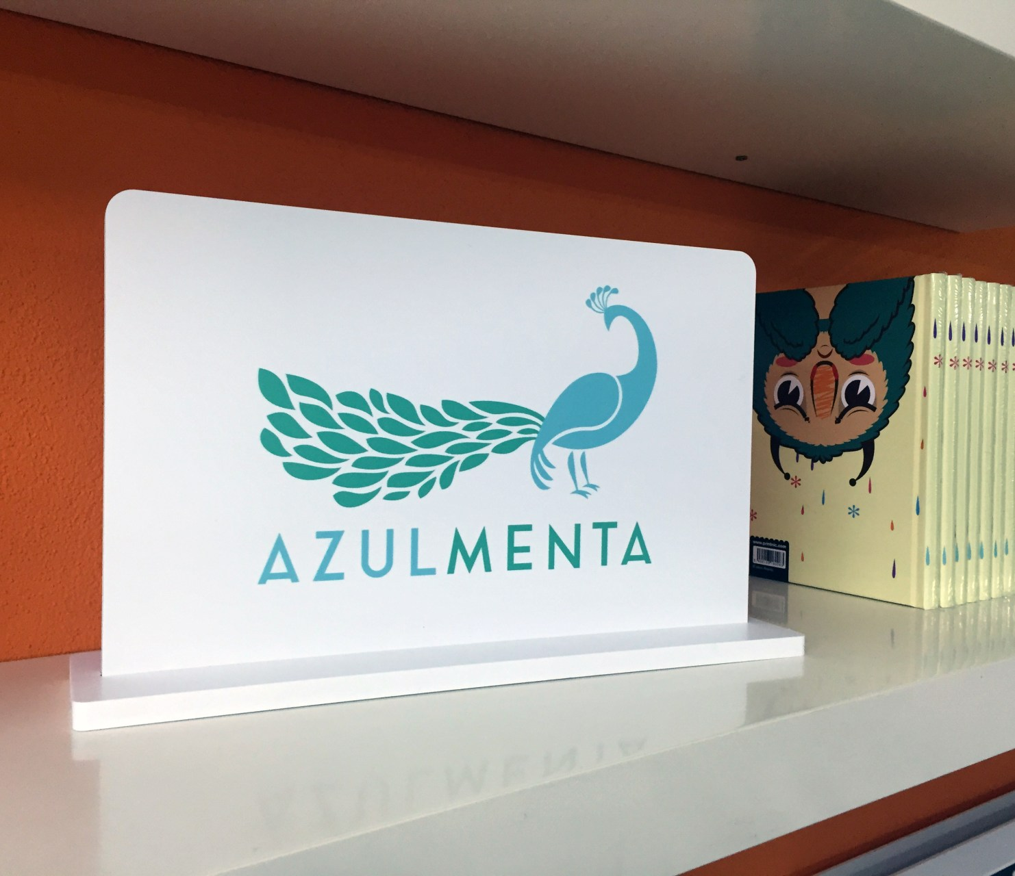 DISPLAY-azul-menta
